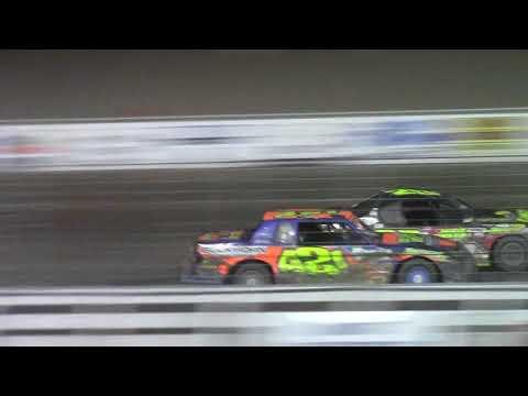 Nodak Speedway IMCA Stock Car A-Main (Motor Magic Night #1) (9/2/17)