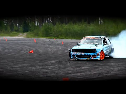 Car Drifting Wallpaper Hd This Lamborghini Vs Mustang Drift Battle