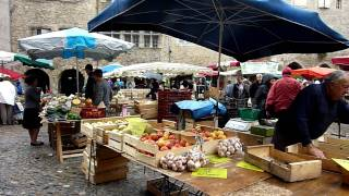 french market in Villefranche de Rouergue.MTS