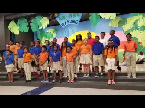 Qumi Spann and 4th graders at Brock Elementary School
