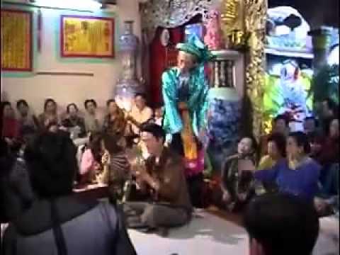 Hoài Linh hầu thánh, mừng diễn viên Thiên Bảo trình đồng Tứ Phủ phần 5.