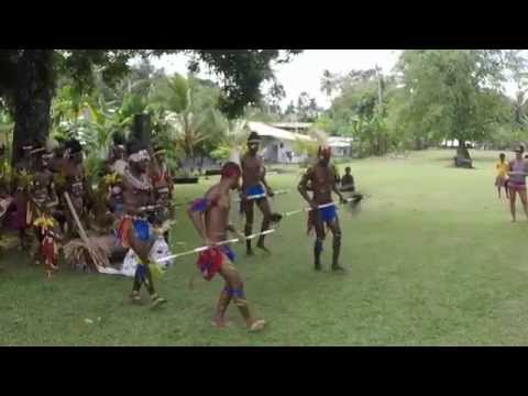 Beautiful Tribal Dance - Traditional Tribal Group Sing Sing Dance - Papua New Guinea