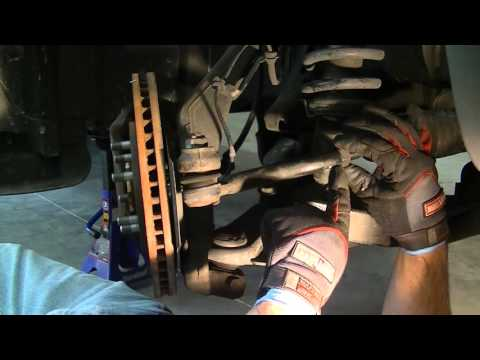 How to Replace Tie Rod Ends on a Nissan Xterra