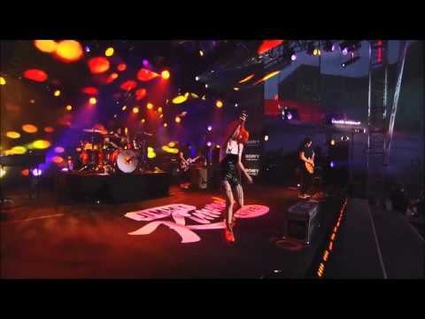Now - Paramore ( live HD )