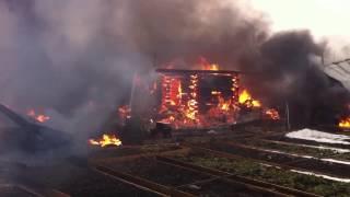 В Пермском районе сгорел дачный дом и четыре бани