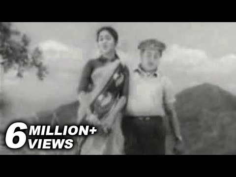 Saroja Devi & Sivaji Ganesan In Naan Pesa Ninaipadhelam - Palum Pazhamum