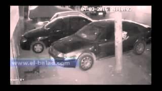 شاهد.. عملية سرقة بطارية سيارة