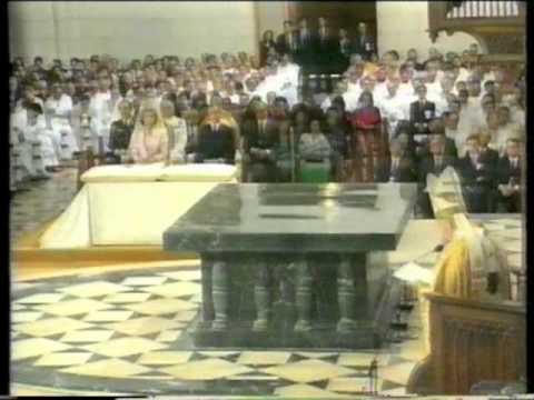 Juan Pablo II dedicó la Catedral de Sta. Mª la Real de la Almudena el 15 de Junio de 1993