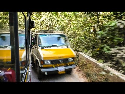 KSRTC Bus Avoids Collision by Inches!