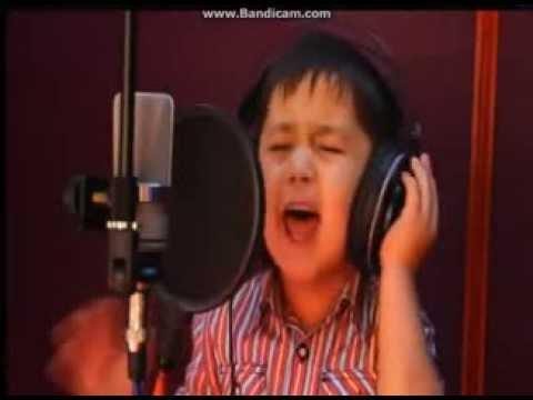 4 year old, Uzbek boy singing on farsi Cover) Daler Nazarov   Chaki Chaki Boroni Bahor )