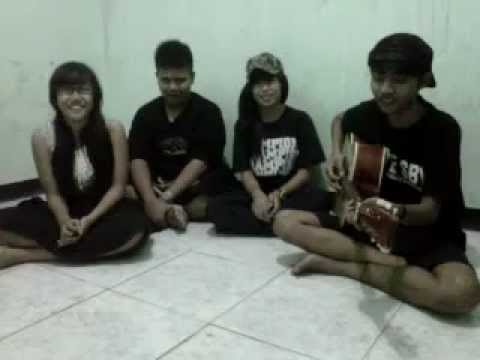 lantai atas crew. starlit story in my heart (cover) acoustic.3GP
