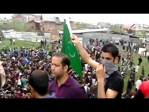 Pakistani flag raised at rally held by Kashmiri separatist Masarat Alam in Srinagar