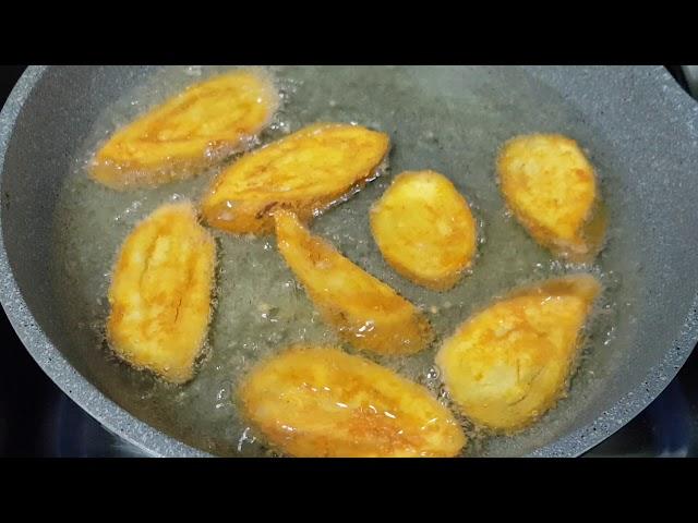 செட்டிநாடு வாழைக்காய்[ மீன் வறுவல்/Chettinad Vazhakkai Meen Varuval/Raw Banana Spicy  Fish Fry