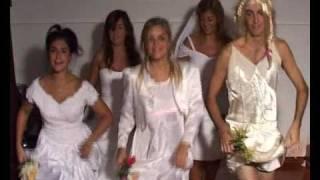 Download Video Casamiento Maxi y Lau - Donde estan los hombres? MP3 3GP MP4
