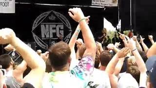 New Found Glory - My Friends Over You (Live from The Warped Tour at...