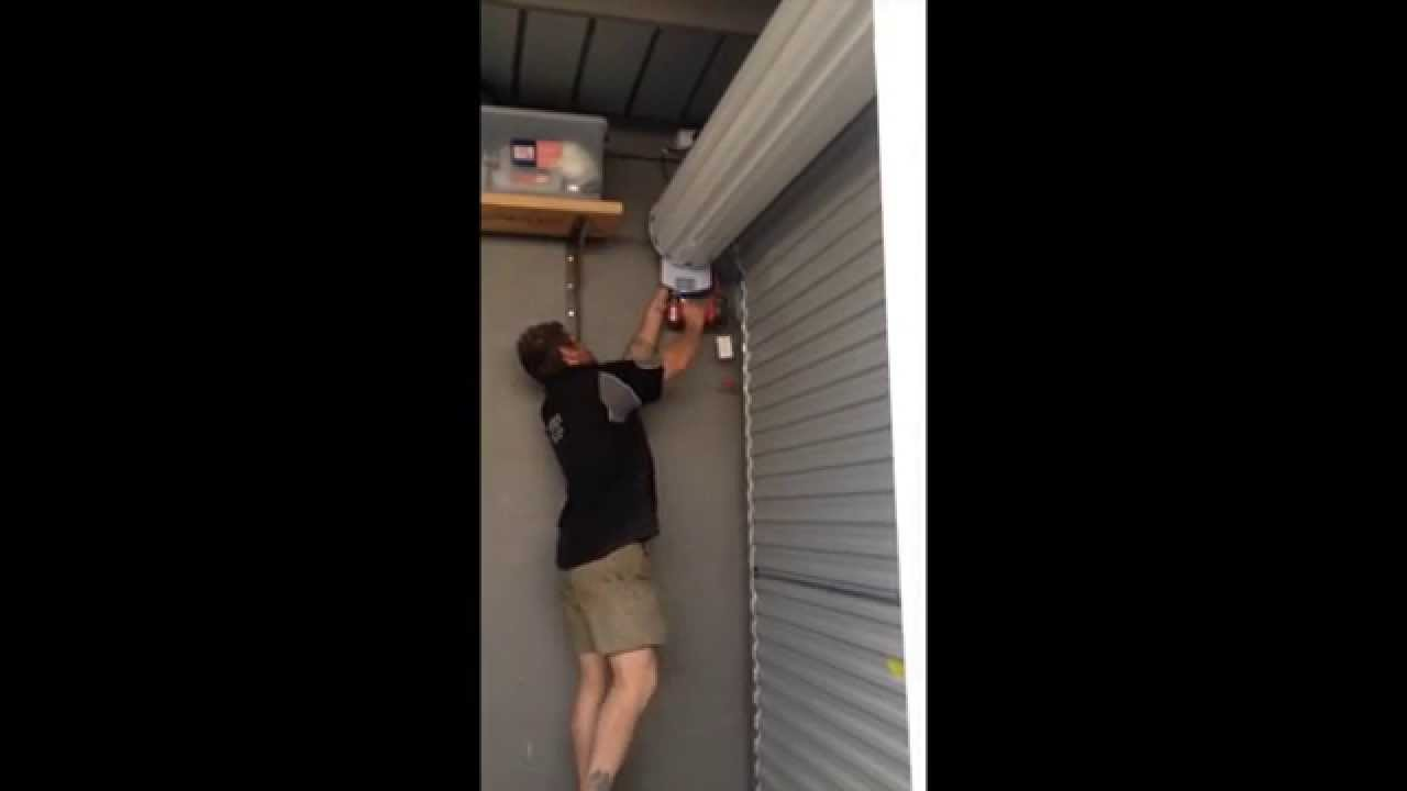 Garage Roller Door Re Tensioning Youtube