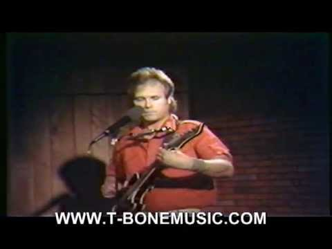 Tom TBone Stankus sings The Airplane Song
