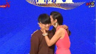 Chàng trai 20 tuổi hát CẢI LƯƠNG cực ngọt ngào & ấm áp, may mắn được Việt Trinh trao tặng nụ hôn 😍