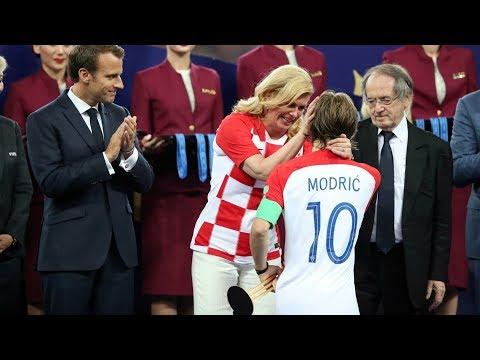 XNews 19/07: Tổng thống Croatia sáng nhất Worldcup - iPhone X tồn kho kỷ lục