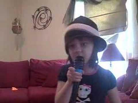 sk8er Boi Karaoke - Aspyn age 4