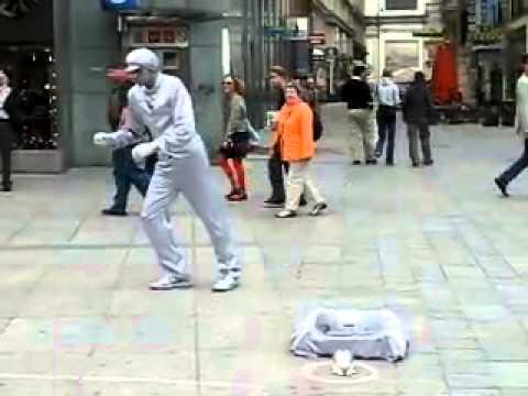 Insane Street performer - Vienna Art dancer