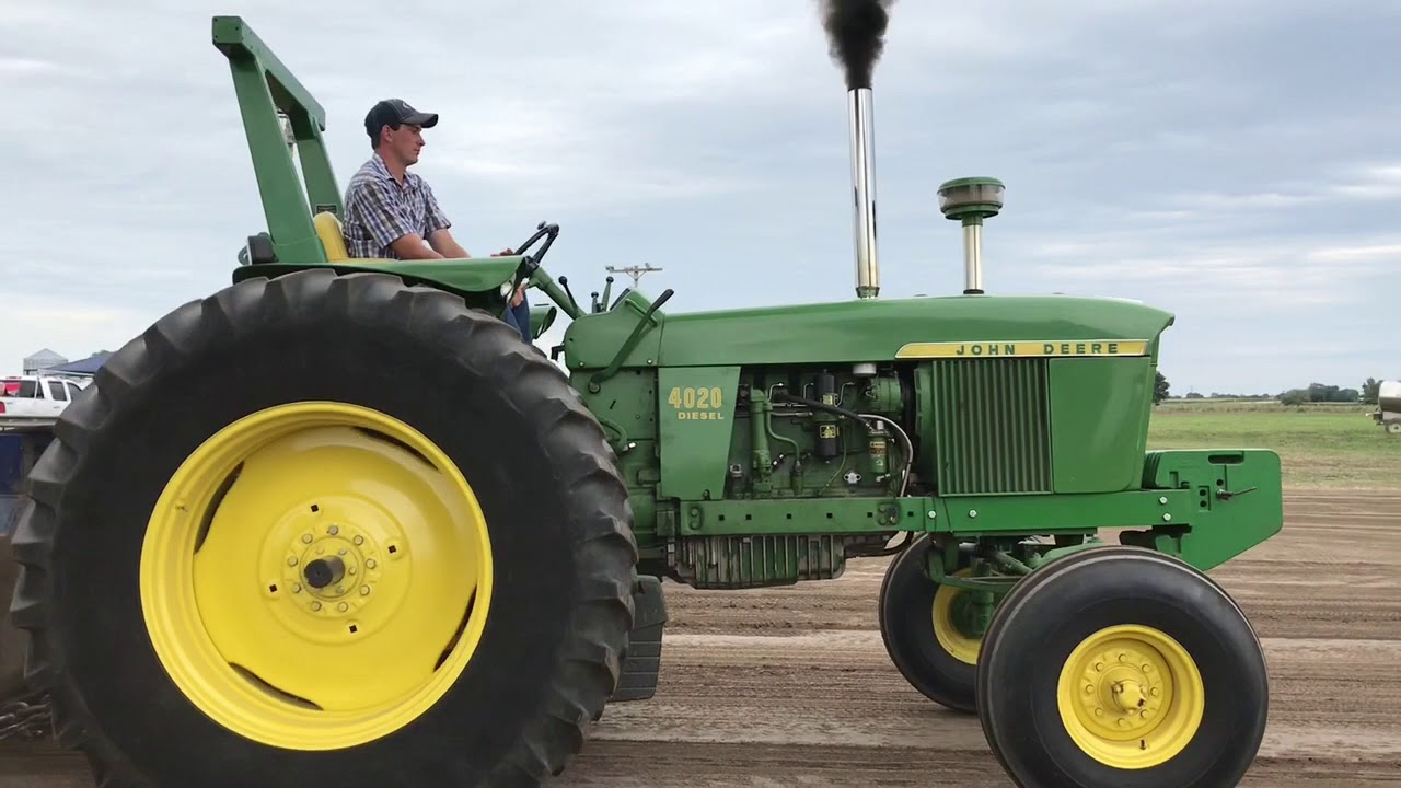12,500 lbs  OPEN CLASS TRACTOR PULLING