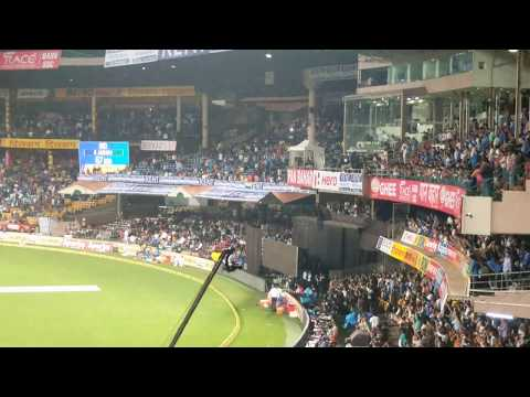 Fans going crazy at MS DHONI entry at Chinnaswamy stadium Bangalore