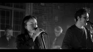 KUMM – Different Parties feat. Lucia & Muse Quartet (Showroom Original ⨯ Expirat 2021)
