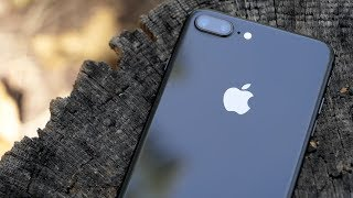 iPhone 8 Plus Review - The Good and The Bad - 4K60P
