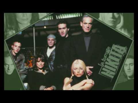 La Femme Nikita OST -HD- Lunatic calm - Leave you far behind