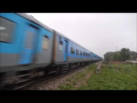 22478 Jaipur-Jodhpur LHB Intercity Tears Through Jaipur City
