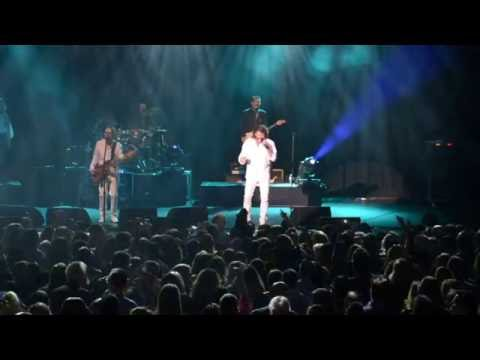 THE NEW YORK BEE GEES TRIBUTE SHOW - SOLD OUT LIVE CONCERT FROM THE PARAMOUNT THEATER - NY