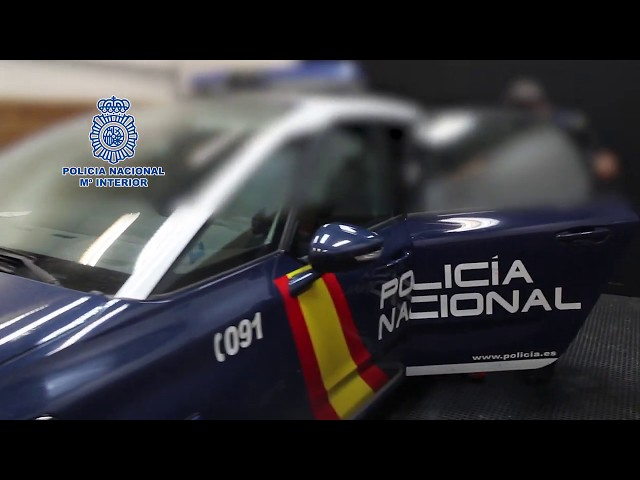 Detienen a dos de los fugitivos más buscados y peligrosos de Suecia en un centro comercial de Málaga