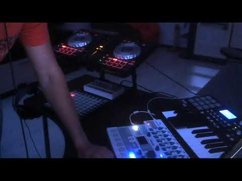 Saturday Tech house stream
