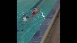 Первый урок плаванья