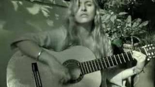 Kika Unplugged