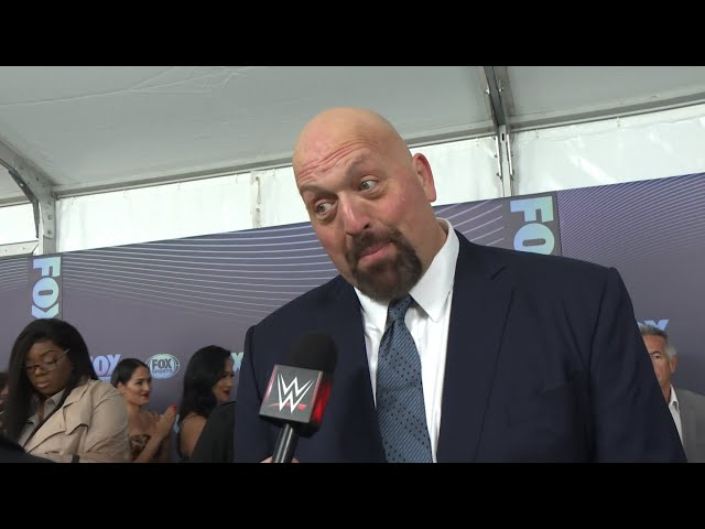WWE Superstars and celebrities are ready for SmackDown LIVE on Fox
