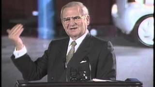 Lee Iacocca takes on the Press