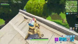 Getting to tire 100 last minute!-fortnite battle royal
