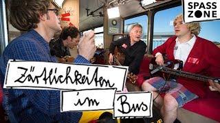 Zärtlichkeiten im Bus mit Thomas Rühmann | SPASSZONE