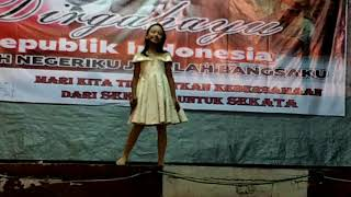 Video Kupu Kupu - Melly Goeslaw cover by Farah DPK download MP3, 3GP, MP4, WEBM, AVI, FLV Oktober 2018