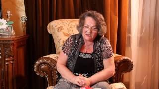 видео Как лечить гнойный нарыв на пальце руки возле ногтя