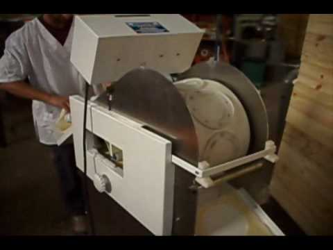 Empresa desytec rotoestampa m quina para cortar discos for Fabrica de aberturas de pvc en rosario
