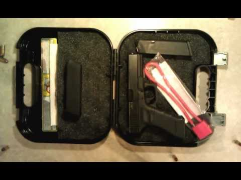 Beretta PX4 Storm 9mm and Glock 17 9mm comparison/unboxing/field strip