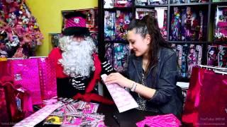 Марина и Dead Moroz упаковывают подарки для победителей Конкурса
