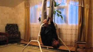 видео Инверсионный стол для позвоночника: своими руками