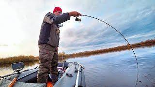 Щука каждый заброс Рыбалка мечты Рыбалка Поздней Осенью Ловля щуки на воблеры Рыбалка Осенью