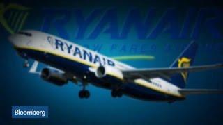 Ryanair Beats 3Q Net, Raises Full-Year Profit Goal