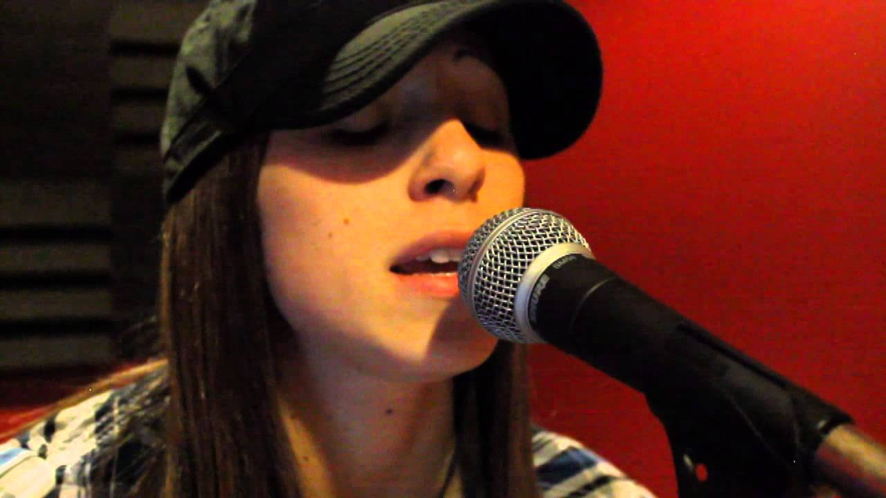 Download Iron Maiden - The Evil That Men Do (Acoustic Cover)