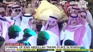 القنوات الفضائية العالمية والعربية توحد بثها لنقل مراسم تشييع الملك عبد الله